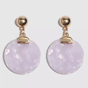 Jewelry - Lavender round earrings.